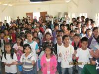anak-anak sekolah minggu asuhan pastor Margaret di punggung gunung Kinabalu malasya.dalam kunjungan tim safari menjakau anak-anak