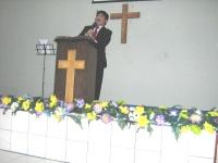 pdt rolly rorong KKR di Gereja segala bangsa Semarang.Gembala pdt Johny Sambow