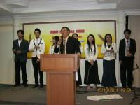 Pdt Rolly Rorong KKr di Hotel Rubi Kinabalu pemimpin pujian gembala sidang GPFS.