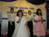 Dua anak pastor Yosep piter memuliakan Tuhan pada KKR