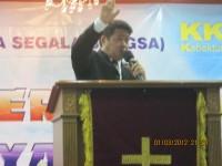 Pdt Rolly Rorong KKR di Gedung penin Bank.dilaksanakan oleh gereja segala bangsa new life jakarta.Gembala pdt Ruddy  gembala senior Pdt Jemmy Tampi.