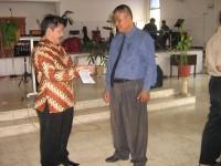 pdt Rolly Rorong bersama pdt Tomas ketua hamba-hamba Tuhan Kedamaian