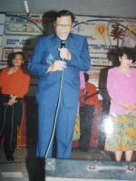 Pdt Rolly Rorong.KKR Palangkaraya penuh urapan Nampak Panitia sedang berdoa pembukaan.