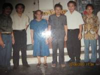 perjalanan tim safari di terima oleh pdt Simamora gembala sidang gereja Tuhan pekan baru.1994